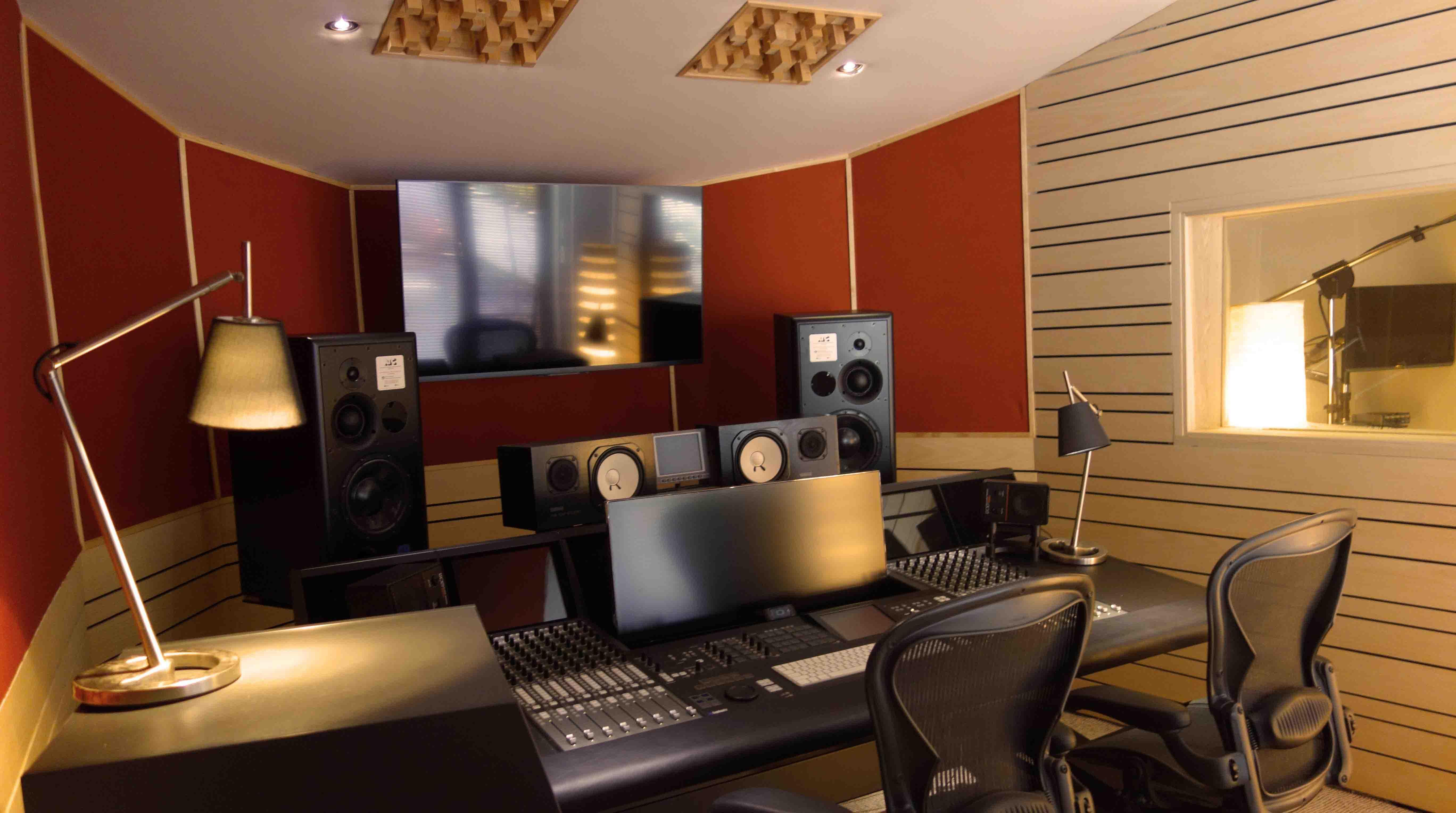 Studio d 39 enregistrement en belgique namur post - Meuble de studio d enregistrement ...